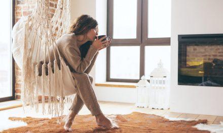 Wygodna i stylowa odzież domowa – komfortowe zestawy dla niej i dla niego