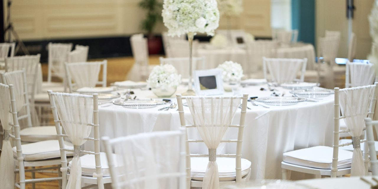 Dekoracja ślubna – na co zwrócić uwagę?